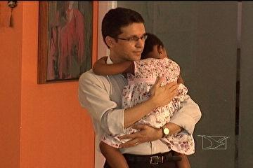 Justiça concede licença-paternidade de 120 dias para homem solteiro