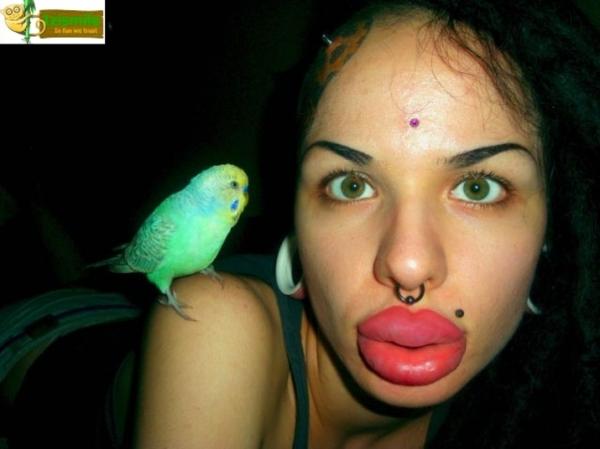 Recorde: russa beiçuda é dona da maior boca do mundo