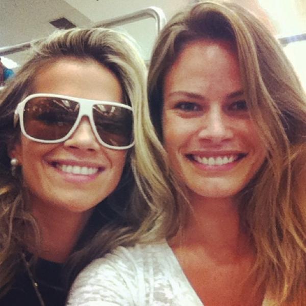 Ex-BBBs Natalia Casassola e Fani viajam juntas