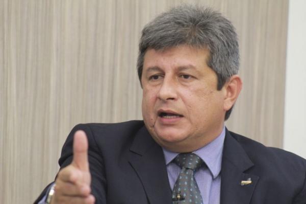 Governador Zé Filho diz que é mal interpretado em seu discurso por desenvolvimento