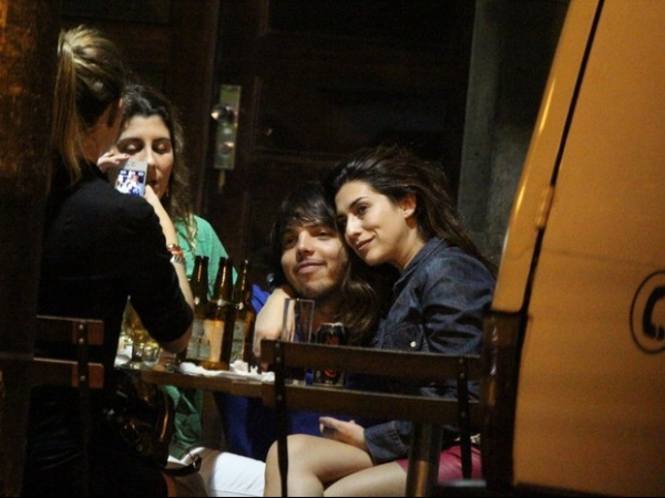 Após barzinho com  amigos, Fê Paes Leme é parada na Lei Seca