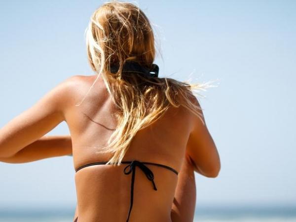 Especialista ensina como cuidar dos seus cabelos no pós-verão