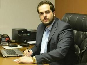 Advogado de Limeira é proibido de usar redes sociais após criticar MP