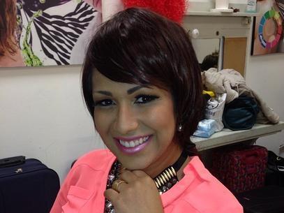 Mulher Moranguinho aparece com cabelos curtos e ruivos no Instagram