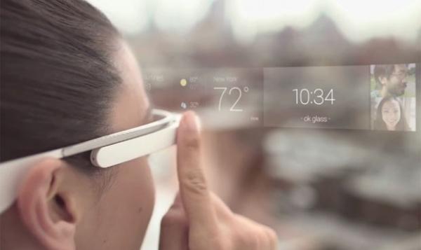 Aplicativo permite tuitar fotos a partir do óculos da realidade, o Google Glass