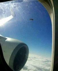Avião teria escapado de colisão com ovni na Escócia