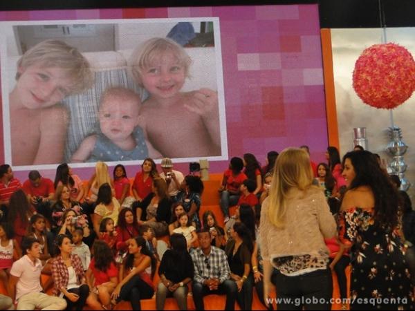 Angélica revela no Esquenta! de Dia das Mães desejo de adotar quarto filho