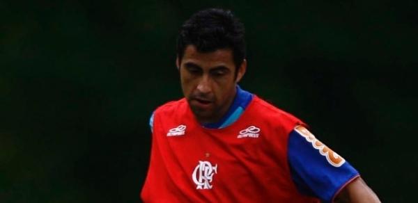 Corinthians admite que está em negociação para contratar Maldonado