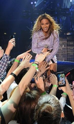 Busca de Beyoncé pela imagem perfeita ameaça futuro da fotografia de shows, dizem profissionais