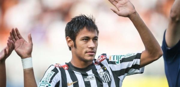 Diretoria do Santos ignora final do Paulistão e luta para negociar Neymar em reuniões