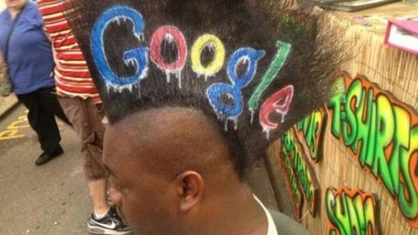 Logo da Google inspira penteado em rapaz nos EUA; confira o resultado