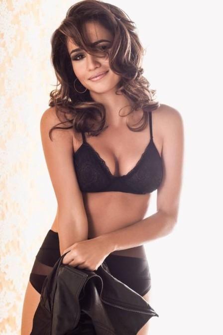 Nanda Costa negocia em sigilo para estrelar edição  de aniversário da Playboy