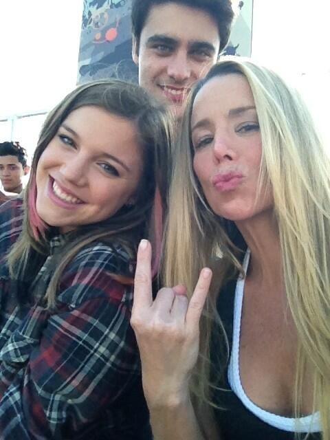 Danielle Winits posta foto e se despede de elenco de