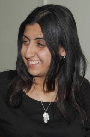 Jornalista de TV de 26  anos teria sido morta na  Síria por franco-atirador