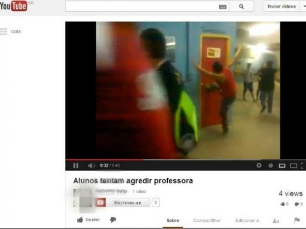 Palestra de PMs gera tumulto e alunos tentam agredir professora
