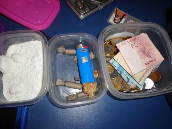 Policia apreende 126 gramas de cocaína em bairro de Parnaíba