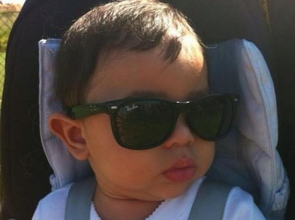Filho de jogador Dentinho ganha perfil e faz sucesso no Instagram