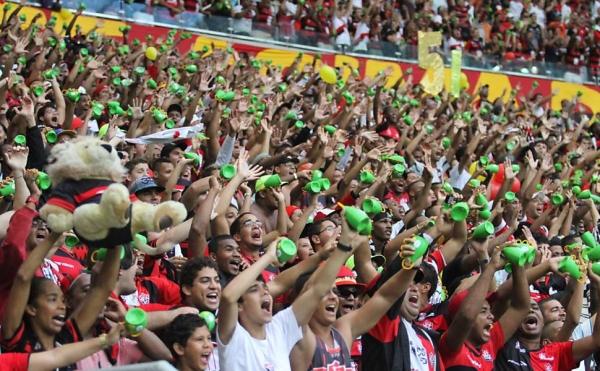 Após caxirola, Fifa proíbe outros instrumentos musicais na Copa das Confederações