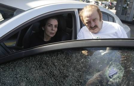 Castrinho e mulher são chamados pela polícia para fazer retrato falado de assaltantes