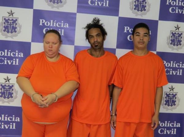 Polícia prende 3 acusados de matar mulher com soda cáustica