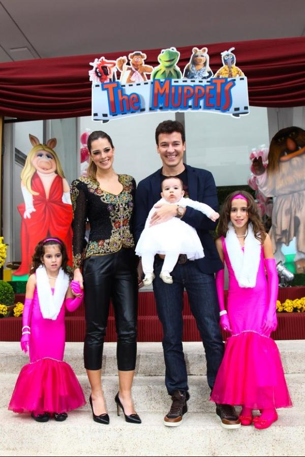 Rodrigo Faro comemora aniversário das filhas