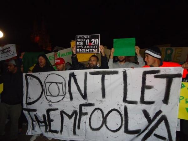 Na Austrália, 500 protestam em apoio às manifestações brasileiras