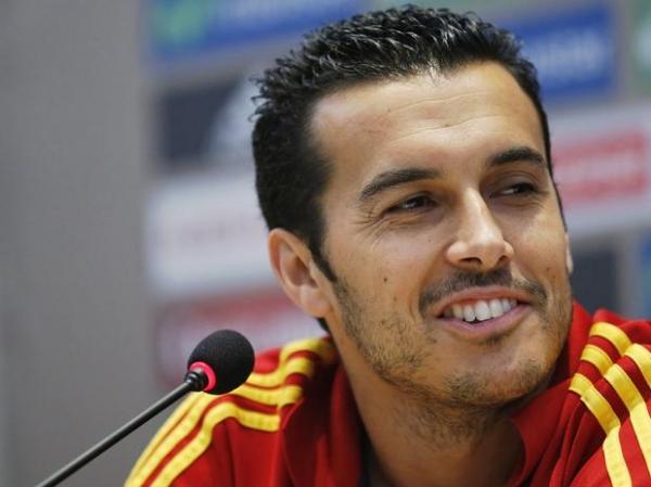 Pedro diz que grupo parabenizou Iniesta por jogo: