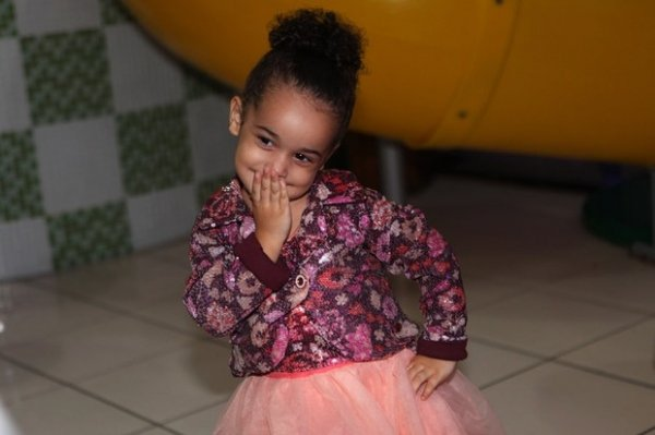 Scheila Carvalho comemora aniversário de 3 anos da filha Giulia