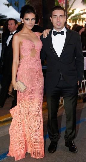 Di Ferrero afasta boatos  de término do noivado  com Mariana Rios