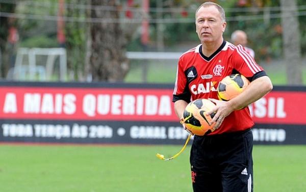 Flamengo viaja em regime de concentração máxima  para estreia de Mano