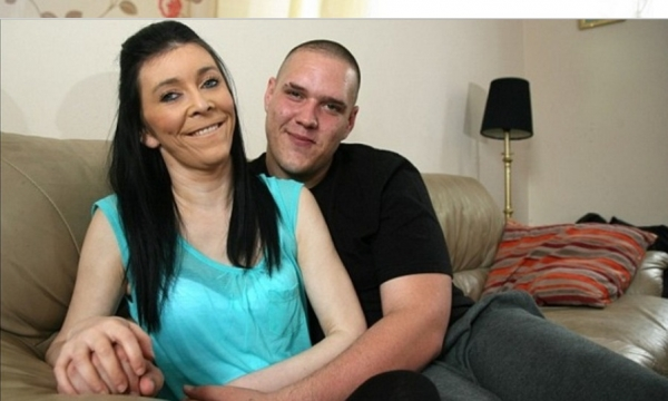 Doença rara: adolescente de 16 anos que parece idosa de 60 anos ganha cirurgia para rejuvenescer