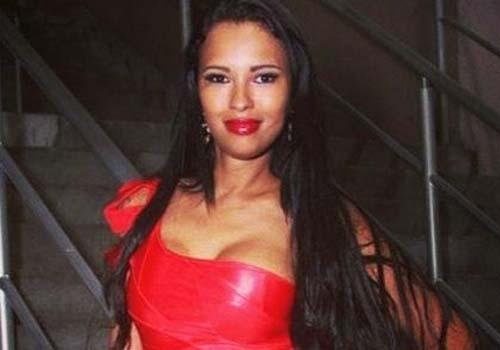 Com nova cirurgia íntima marcada, Ariadna reclama de pós-operatório: ?Dois meses sem relações sexuais?