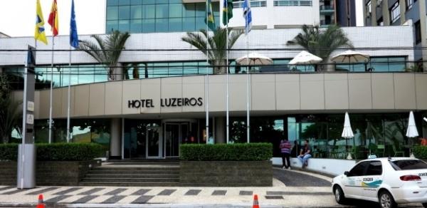 Seguranças de hotel dão