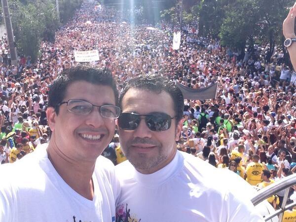 Feliciano vai à Marcha para Jesus com camisa