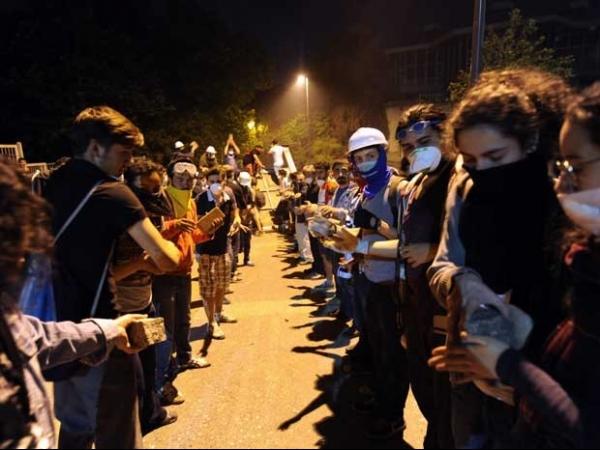 Com tiro na cabeça, jovem de 22 anos é o 2º morto em protestos na Turquia