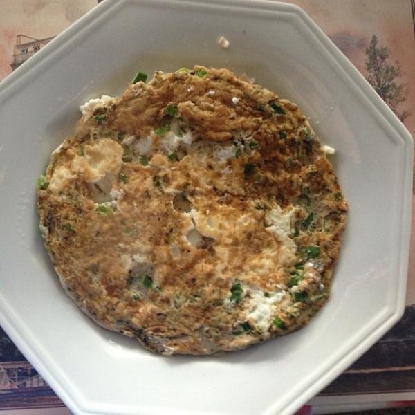 Gracyanne Barbosa come omelete com dez claras no café da manhã