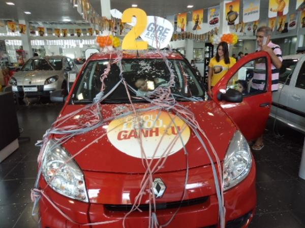 Operação Portas Abertas Renault tem  sorteio de sete Sandero 0km e taxa 0% ; vai até domingo