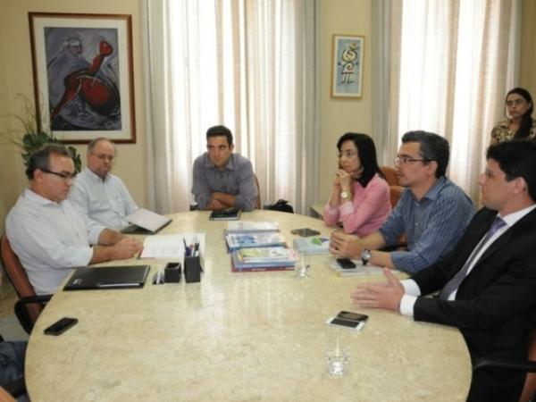 Representantes da Prefeitura de São Luís veem a Teresina conhecer o Shopping da Cidade