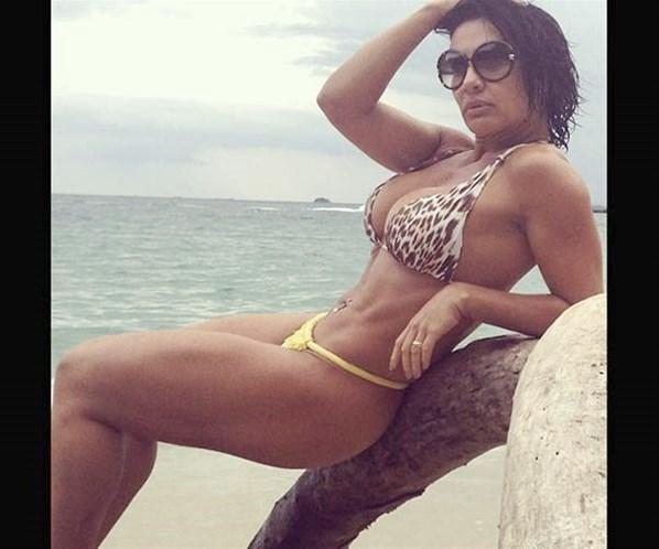 Scheila Carvalho fecha acordo e estará em A Fazenda