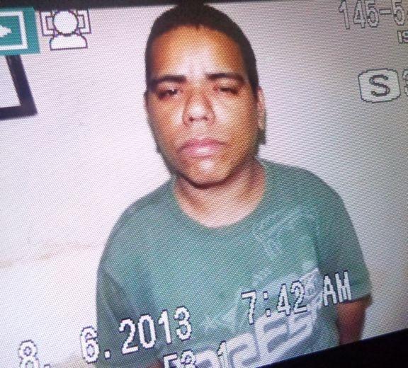 Acusado de tráfico é preso com revólver e crack em Parnaíba