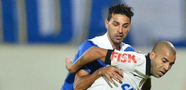 Sheik cita identificação com torcida para renovar contrato com Corinthians