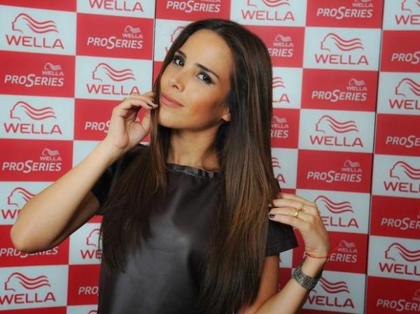 Wanessa Camargo muda a cor dos cabelos antes mesmo da nova turnê