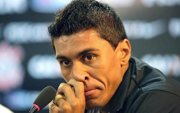 Chorando, Paulinho se despede do Timão e avisa: