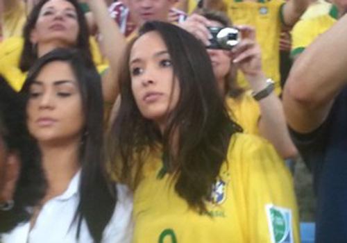 Consagrado no Maracanã, Fred manda beijos para a namorada