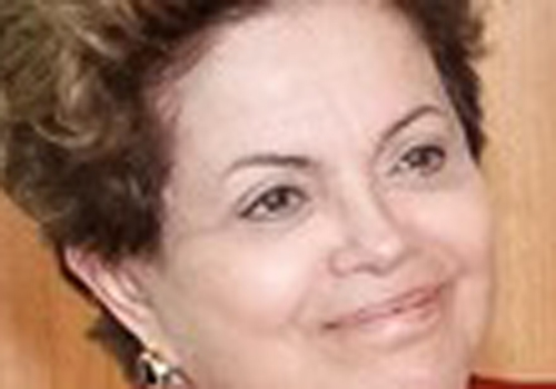 Dilma convoca reunião ministerial e prepara mensagem sobre programas sociais