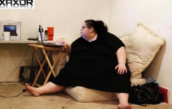 Americana decide virar a mulher mais gorda do mundo com 454kg; conheça