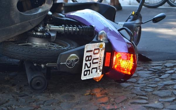 Acidente de trânsito deixa gestante ferida em Parnaíba