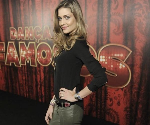 Modelos Ana Beatriz Barros planeja se converter ao islamismo para se casar