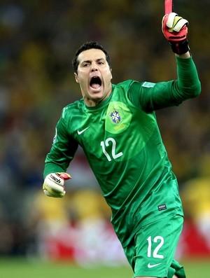 Em alta, Julio César entra na mira de mais um clube europeu: Villarreal