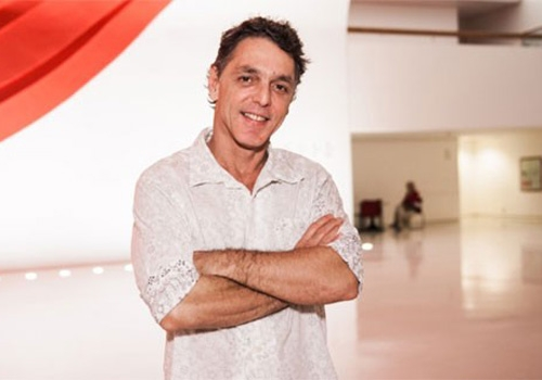 Guilherme Leme é internado para tratar câncer em hospital em SP